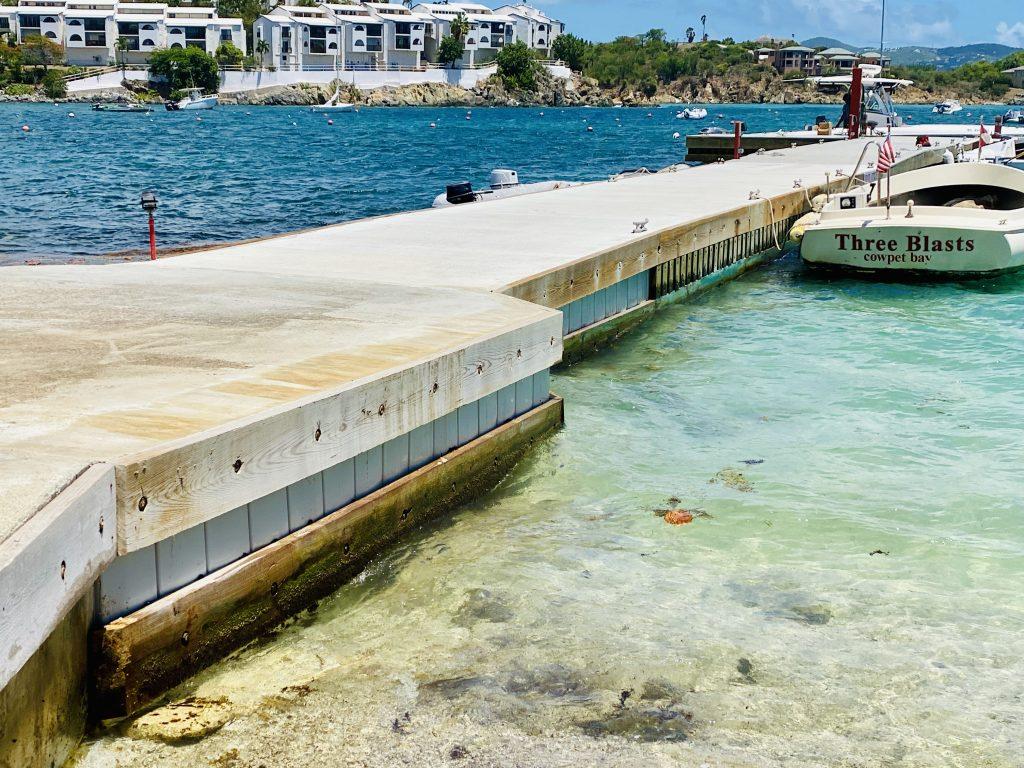 yacht club service dock